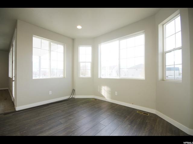 Additional photo for property listing at 955 W 90 S 955 W 90 S Spanish Fork, 犹他州 84660 美国