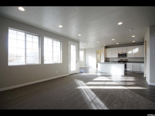 Additional photo for property listing at 955 W 90 S 955 W 90 S Spanish Fork, Utah 84660 United States