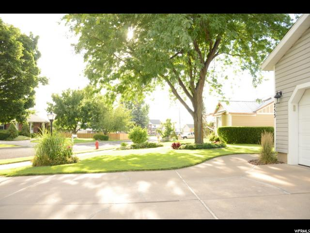 Additional photo for property listing at 253 E 1100 N  Logan, 犹他州 84341 美国