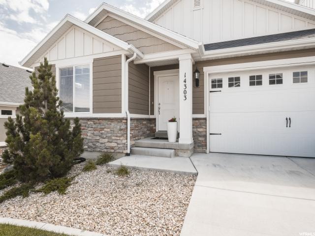Maison accolée pour l Vente à 14303 S SIDE HILL Lane 14303 S SIDE HILL Lane Draper, Utah 84020 États-Unis