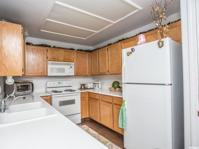 Additional photo for property listing at 3836 S BIG RIVER WAY 3836 S BIG RIVER WAY Unit: 2 South Salt Lake, Юта 84119 Соединенные Штаты
