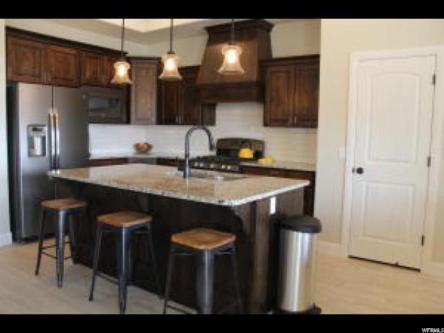 Additional photo for property listing at 551 N W LEDGE  Washington, Utah 84780 United States