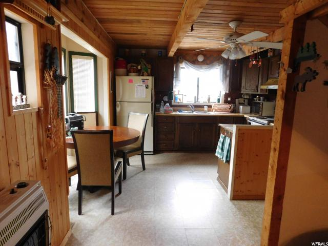 Additional photo for property listing at 43640 W 6000 S 43640 W 6000 S Fruitland, Юта 84027 Соединенные Штаты
