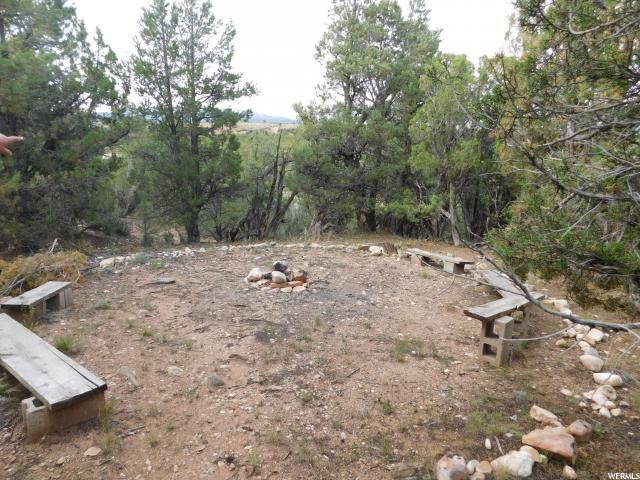 Additional photo for property listing at 43640 W 6000 S 43640 W 6000 S Fruitland, Utah 84027 Estados Unidos