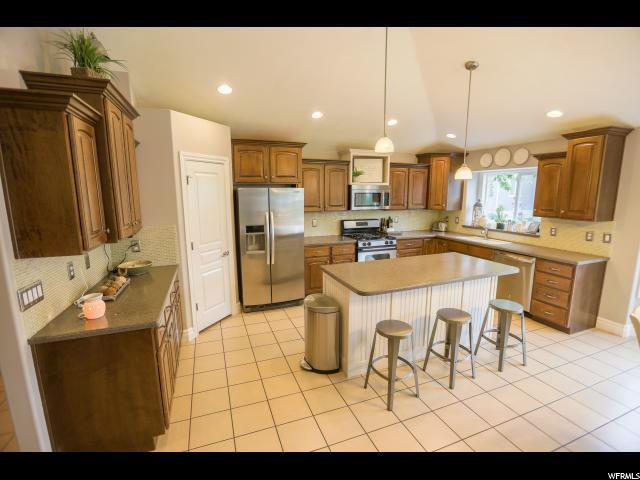 Additional photo for property listing at 396 N 1580 E  Lehi, Utah 84043 États-Unis