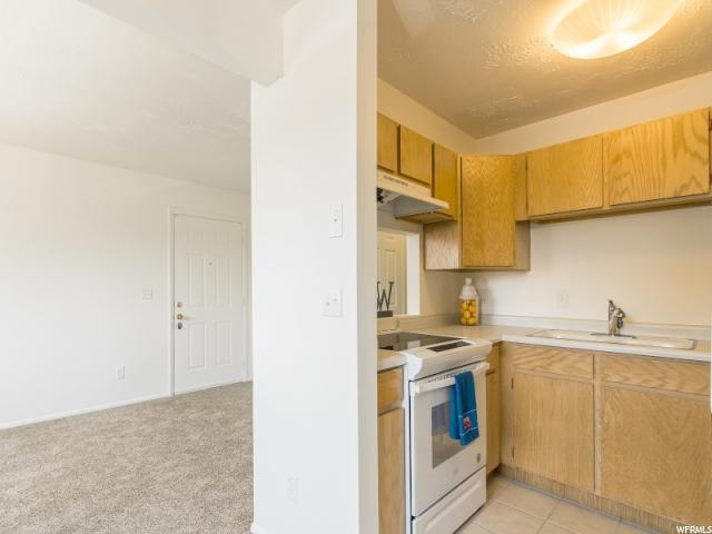 Additional photo for property listing at 1557 W 200 S 1557 W 200 S Unit: D202 Salt Lake City, Utah 84104 United States