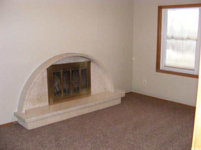 Additional photo for property listing at 736 E 1500 N 736 E 1500 N Vernal, Utah 84078 États-Unis