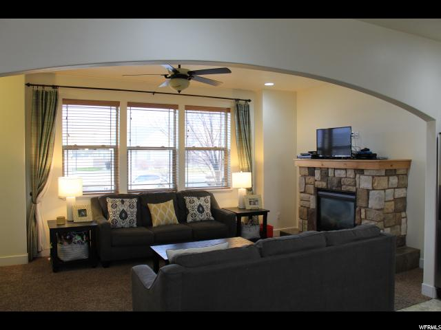 Additional photo for property listing at 808 S 500 E 808 S 500 E Payson, Utah 84651 États-Unis