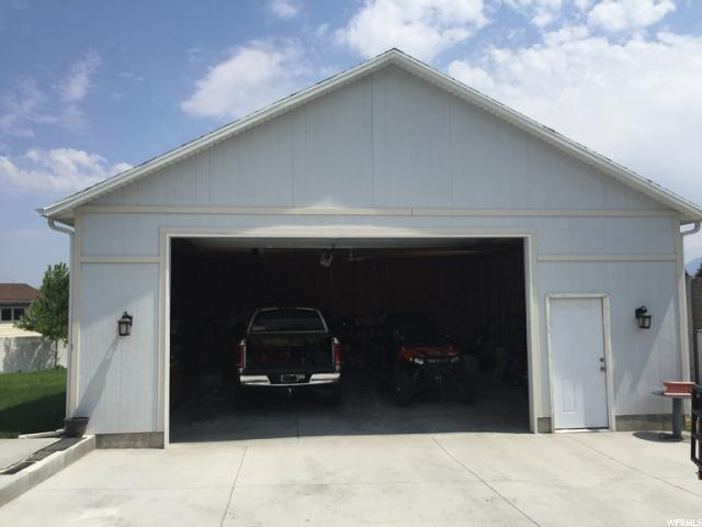 Additional photo for property listing at 3618 W 8070 S  West Jordan, Utah 84088 United States