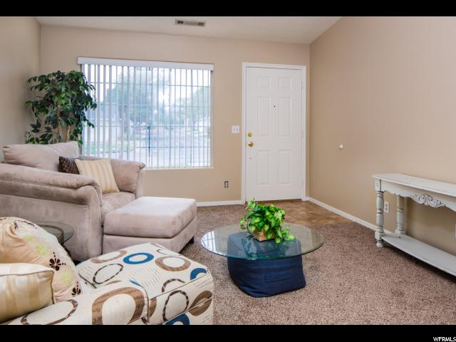 Additional photo for property listing at 1040 N 1300 W 1040 N 1300 W Unit: 71 St. George, Utah 84770 Estados Unidos