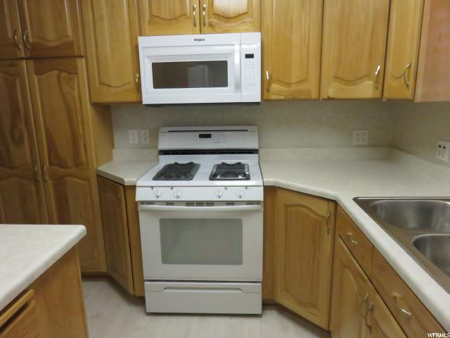 Additional photo for property listing at 1590 S 500 E  Bountiful, Юта 84010 Соединенные Штаты