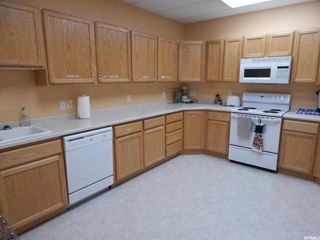 8290 Lake Dr Unit 241 Doral, FL 33166 - MLS #: A10334557