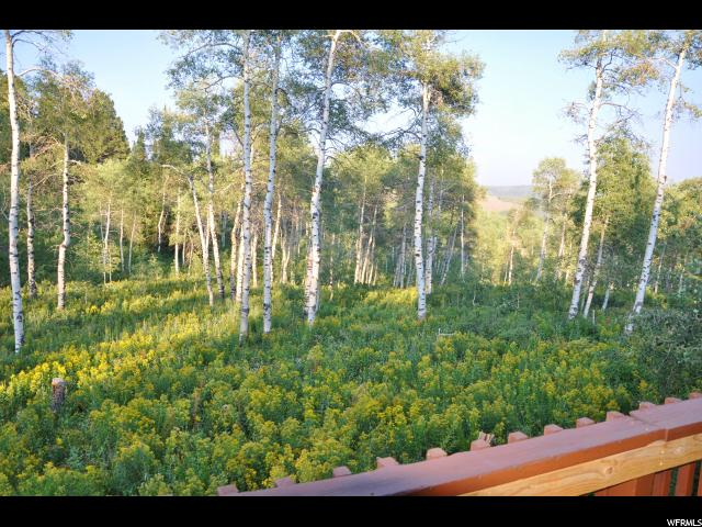 Additional photo for property listing at 8245 N JOHN FREMONT Drive 8245 N JOHN FREMONT DR. Unit: 208 Huntsville, Utah 84317 États-Unis