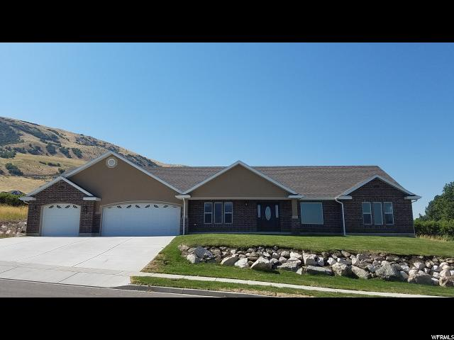 Unifamiliar por un Venta en 12 E HILL HAVEN Perry, Utah 84302 Estados Unidos