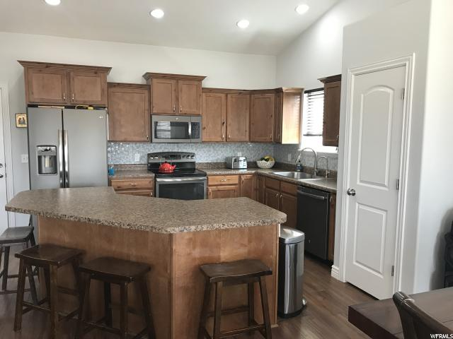 Additional photo for property listing at 2165 BERRA Boulevard  Tooele, Utah 84074 États-Unis