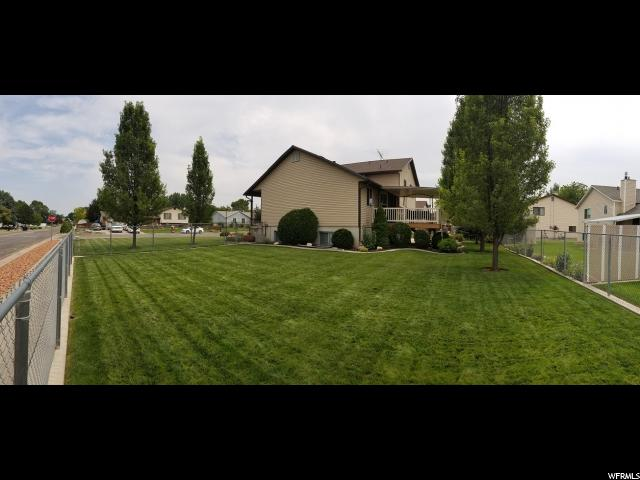Additional photo for property listing at 1687 N 1400 W  Clinton, Utah 84015 Estados Unidos