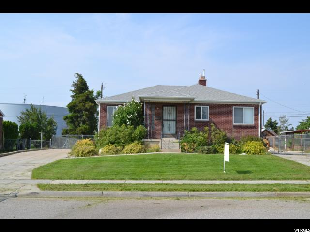 Additional photo for property listing at 2412 W 5225 S  Roy, Utah 84067 Estados Unidos