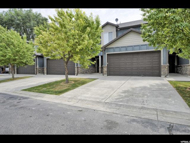 Casa unifamiliar adosada (Townhouse) por un Venta en 3380 S BRYNN Avenue 3380 S BRYNN Avenue Unit: 4 West Haven, Utah 84401 Estados Unidos