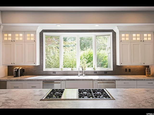 378 CAPITOL OAKS LN Salt Lake City, UT 84103 - MLS #: 1472009