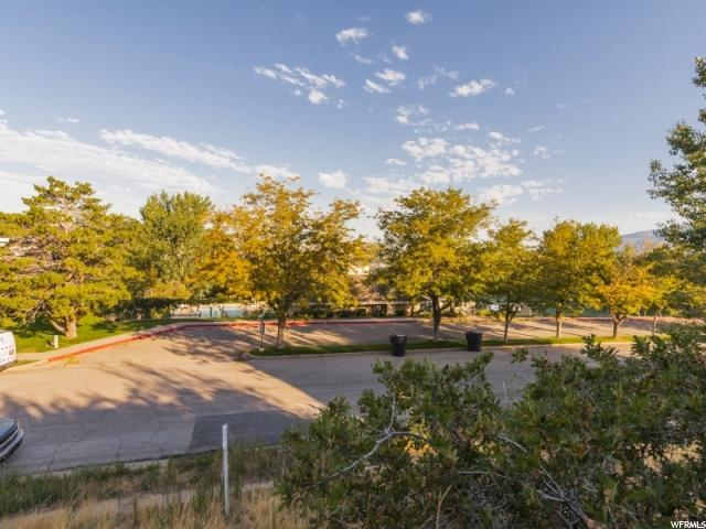 3055 S OAKWOOD DR Bountiful, UT 84010 - MLS #: 1472025