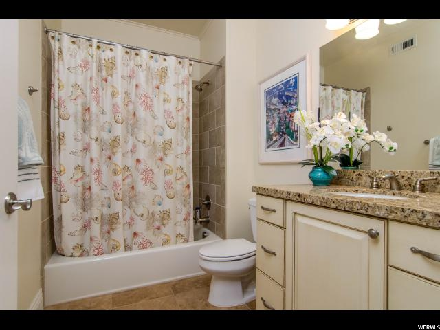 2665 E PARLEY'S WAY Unit 202 Salt Lake City, UT 84109 - MLS #: 1472096