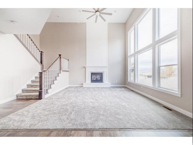 Additional photo for property listing at 2713 W 11460 S 2713 W 11460 S South Jordan, Utah 84095 United States