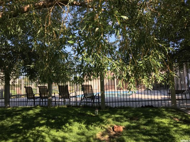 Additional photo for property listing at 8058 N RIDGE LOOP Lane 8058 N RIDGE LOOP Lane Unit: L-11 Eagle Mountain, Utah 84005 United States