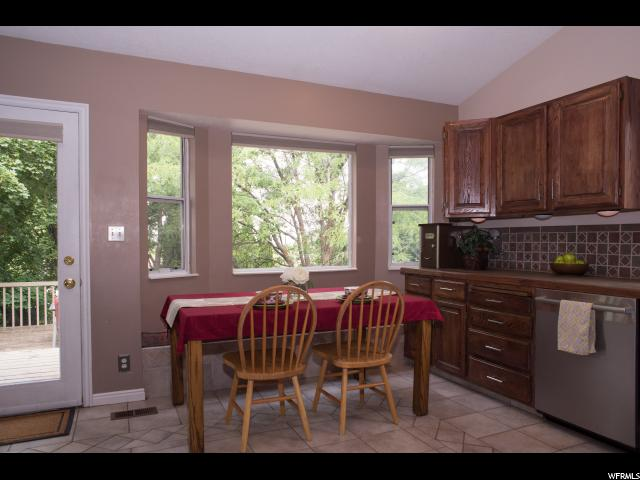 Additional photo for property listing at 521 N 400 E  Hyde Park, Utah 84318 États-Unis