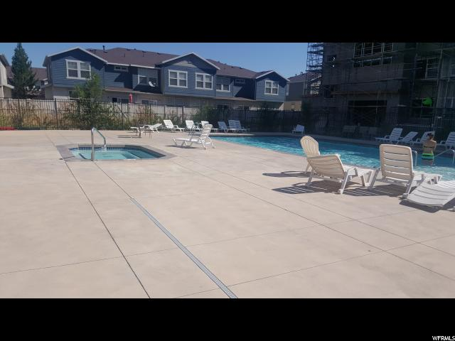 Additional photo for property listing at 104 E RESACA Drive 104 E RESACA Drive Unit: E3 Sandy, Utah 84070 United States