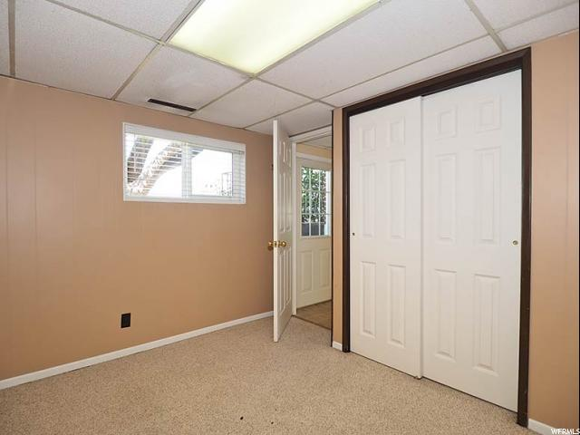 Additional photo for property listing at 1399 E 5935 S  Salt Lake City, Utah 84121 États-Unis
