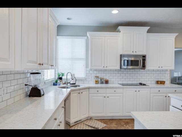 Additional photo for property listing at 10342 S WALNUT CYN  South Jordan, Utah 84095 Estados Unidos