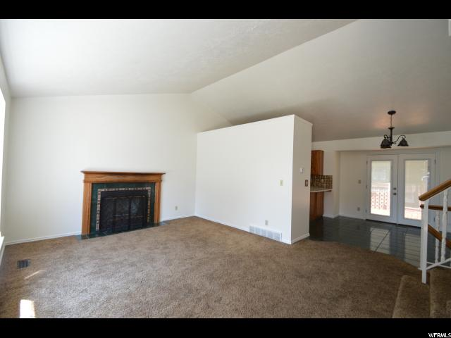 Additional photo for property listing at 210 W 1650 N  Layton, Utah 84041 Estados Unidos