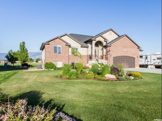 1555 N 4325 Plain City, UT 84404 - MLS #: 1472131