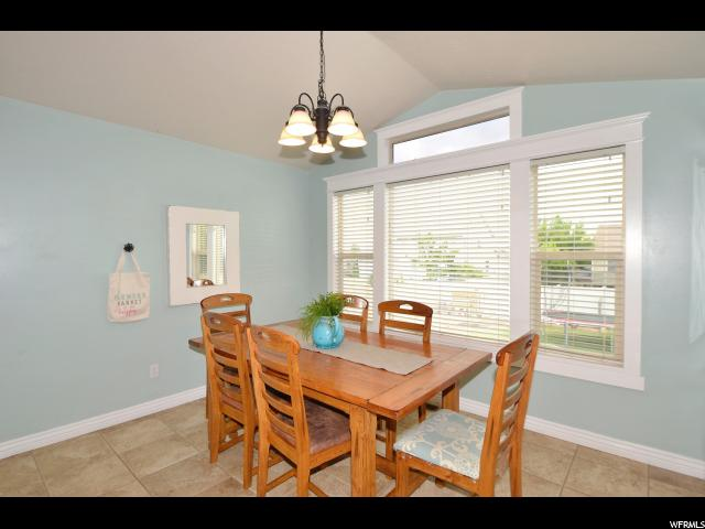 Additional photo for property listing at 1918 S 2465 W  Syracuse, Utah 84075 Estados Unidos