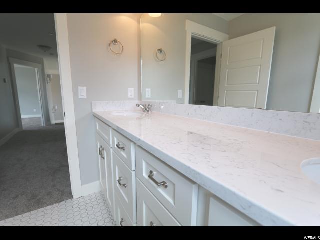 Additional photo for property listing at 3723 S MCGREGOR Lane 3723 S MCGREGOR Lane Unit: 112 Saratoga Springs, Юта 84045 Соединенные Штаты