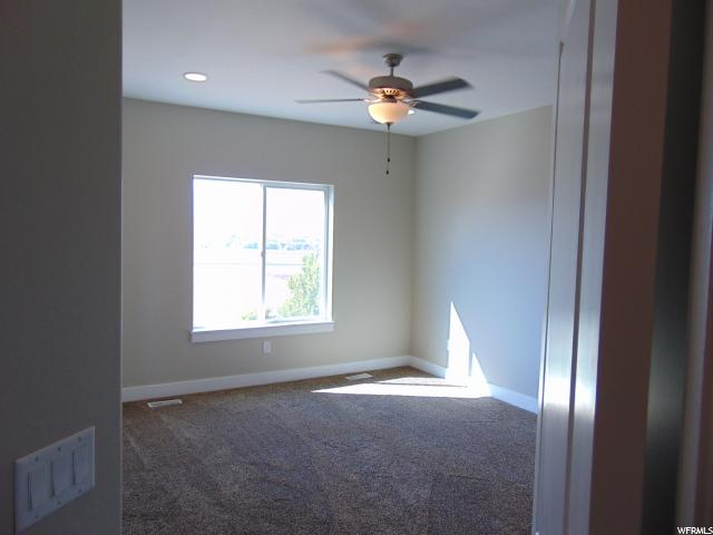 Additional photo for property listing at 947 N THACKERAY Circle 947 N THACKERAY CIR. Unit: 27 Morgan, Utah 84050 États-Unis
