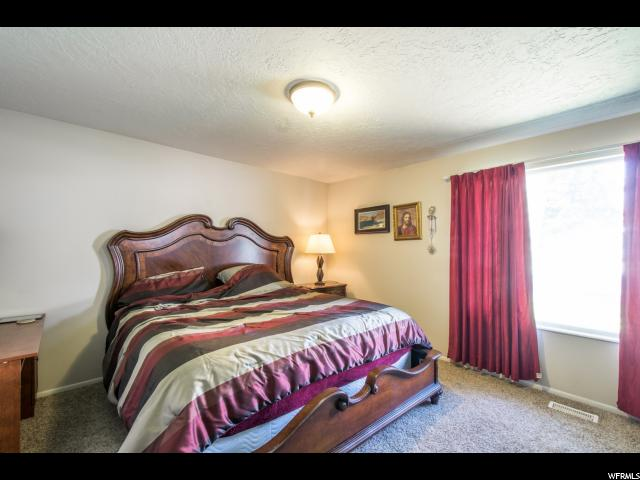 11562 S DRY CREEK RD Sandy, UT 84094 - MLS #: 1472319