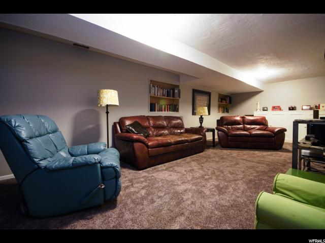 Additional photo for property listing at 10732 S REMBRANDT Lane  Sandy, Utah 84070 United States
