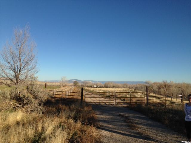 Additional photo for property listing at 2314 N 1500 W 2314 N 1500 W Vernal, Utah 84078 United States