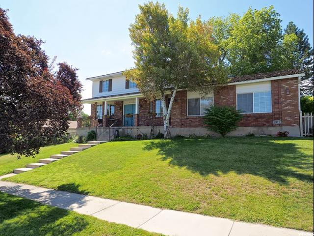 Additional photo for property listing at 2911 W ALLRED Circle  Taylorsville, 犹他州 84129 美国