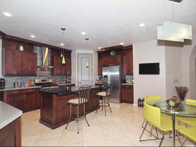 Additional photo for property listing at 11124 HAMPTON WAY  South Jordan, Utah 84009 United States