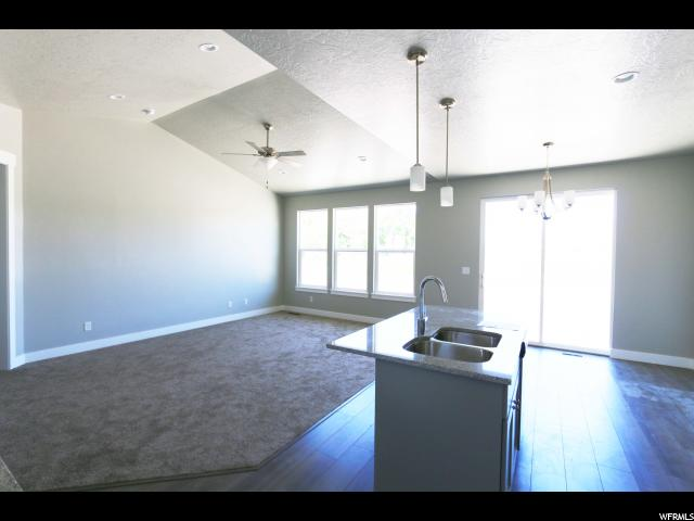 Additional photo for property listing at 208 W 400 S 208 W 400 S Unit: 25B American Fork, Utah 84003 United States