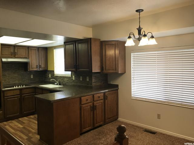 Additional photo for property listing at 1140 E 1350 N  Layton, Utah 84040 États-Unis