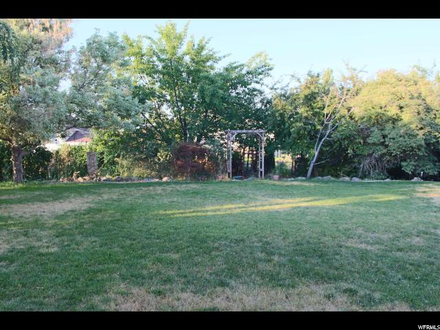 Additional photo for property listing at 921 W 2350 N  Layton, Utah 84041 United States