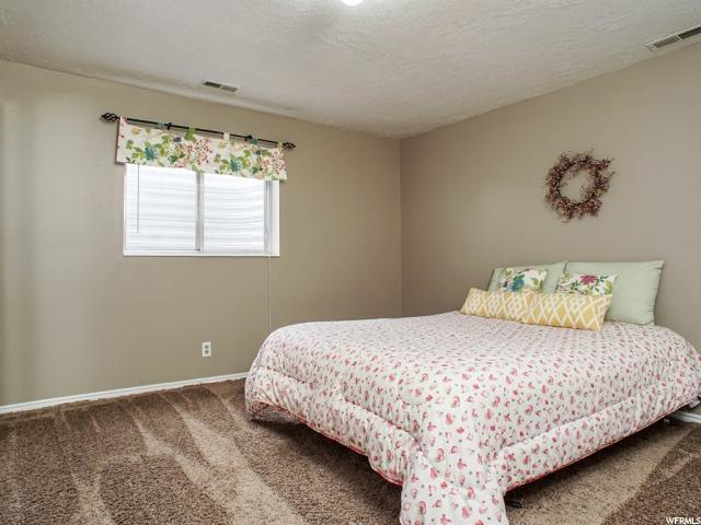 Additional photo for property listing at 188 W 3275 N  North Ogden, Utah 84414 United States