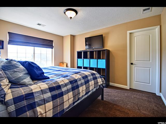 Additional photo for property listing at 72 S SUNSET Drive 72 S SUNSET Drive Vineyard, Utah 84058 États-Unis