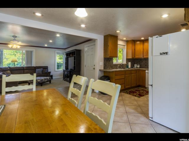 Additional photo for property listing at 540 N 200 W  Clearfield, 犹他州 84015 美国