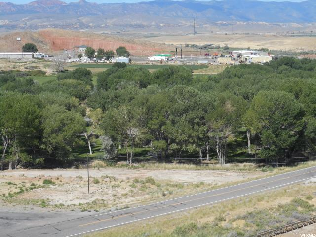Additional photo for property listing at 1425 S OLD HIGHWAY 10 E  Salina, Utah 84654 États-Unis