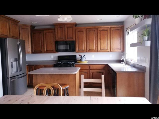 2809 E HIDEOUT DR Eagle Mountain, UT 84005 - MLS #: 1472624