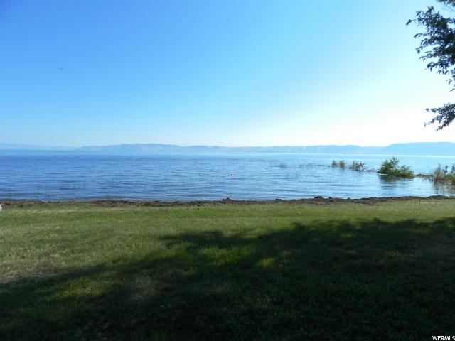 Additional photo for property listing at 526 N BEAR LAKE Boulevard  Garden City, Utah 84028 Estados Unidos